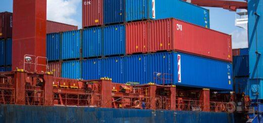puerto sanciones containers